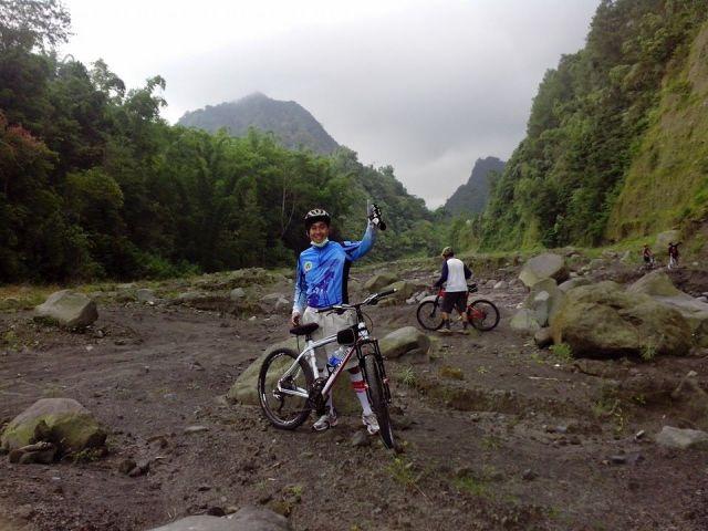 Belajar dari Jalan Setapak di Tebing Sungai Boyong
